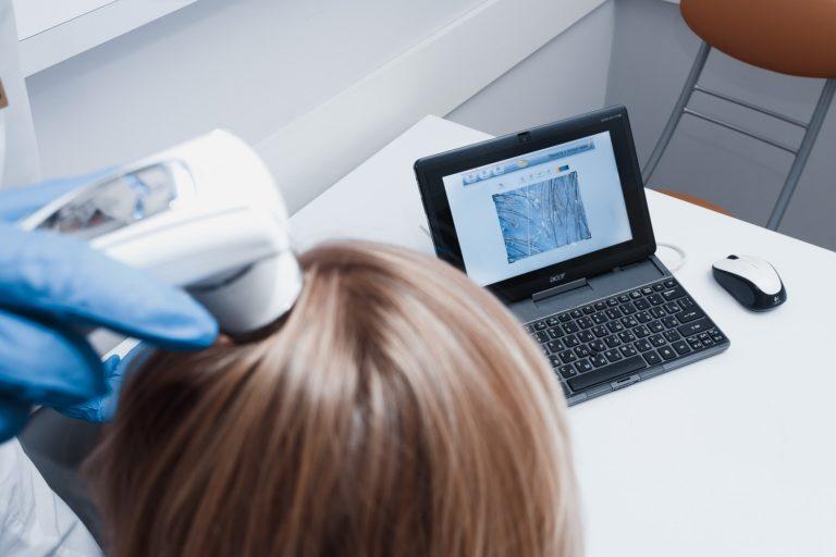 Диагностика состояния волос и кожи головы